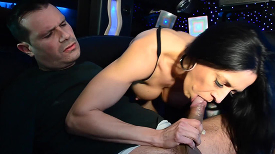 Good Looking Mariskax Makes A Dick Disappear In Her Mouth Fakehub 1